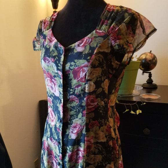 new york studio Dresses & Skirts - NY Studio vintage floral sheet button front dress
